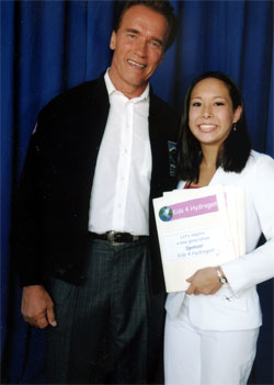 Merit Graduate Jaclyn D'arcy meets with Gov. Schwarzenegger regarding Kids 4 Hydrogen